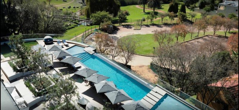 Hotel Slide